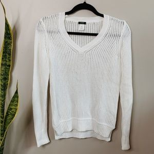 • J. CREW • white thin knit v-neck sweater